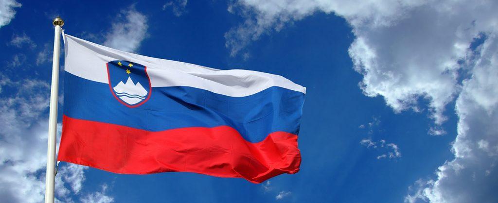 zastava, slovenija